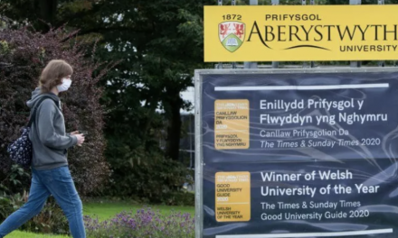 受疫情影响,英国部分地区快递会有延误!(具体地区,请详见!)威尔士地区大学,推迟面授课!