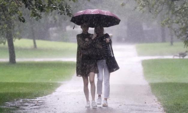 英国所有大学生将被强制接种新冠疫苗 ! 英国正迎来史上最强大暴雨,气温升高….